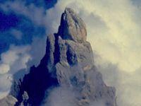5_1-il_cimon_della_pala_con_la_testa_tra_le_nuvole